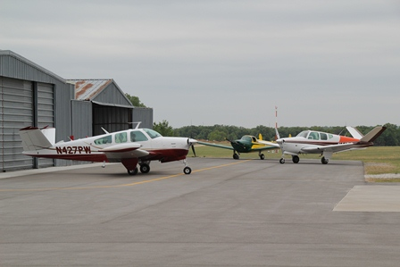 Planes at Bowie Airport
